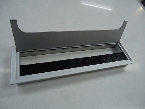 Aluminum Square Cable Computer Desk Benchtop Outlet